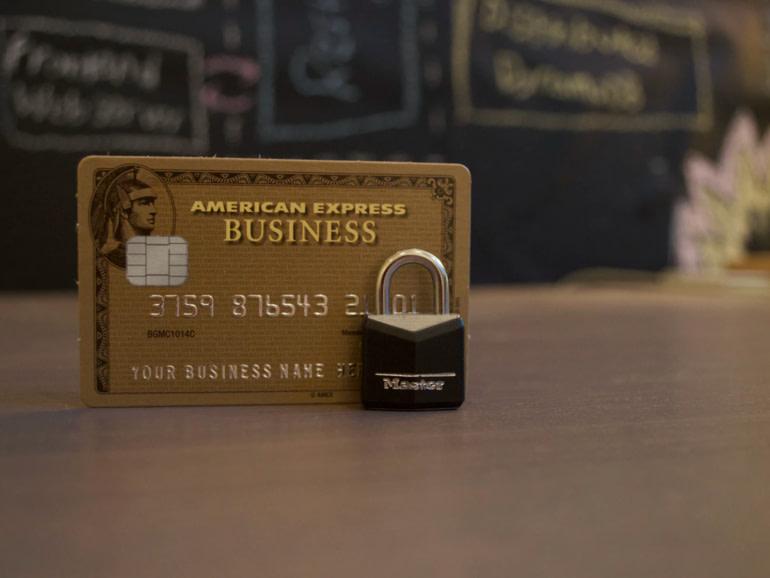 κύκλωμα απάτης-πιστωτικές κάρτες