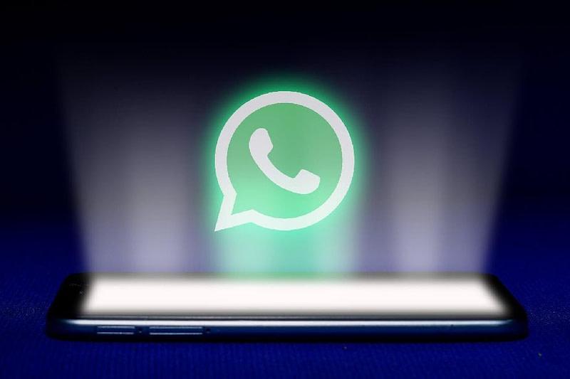 WhatsApp Pink malware: Απαντά αυτόματα σε μηνύματά σας στο Signal, το Viber κι άλλα apps