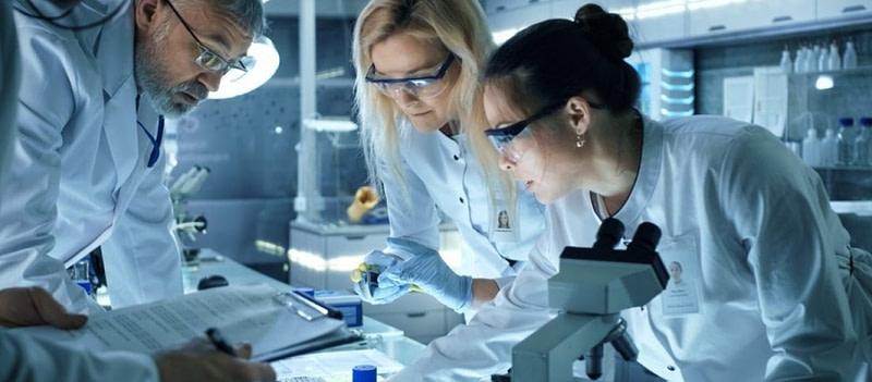 επιστήμονες