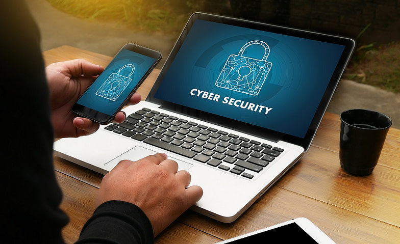 Business Cyber Risks: Πώς μπορεί να προστατευτεί μία επιχείρηση