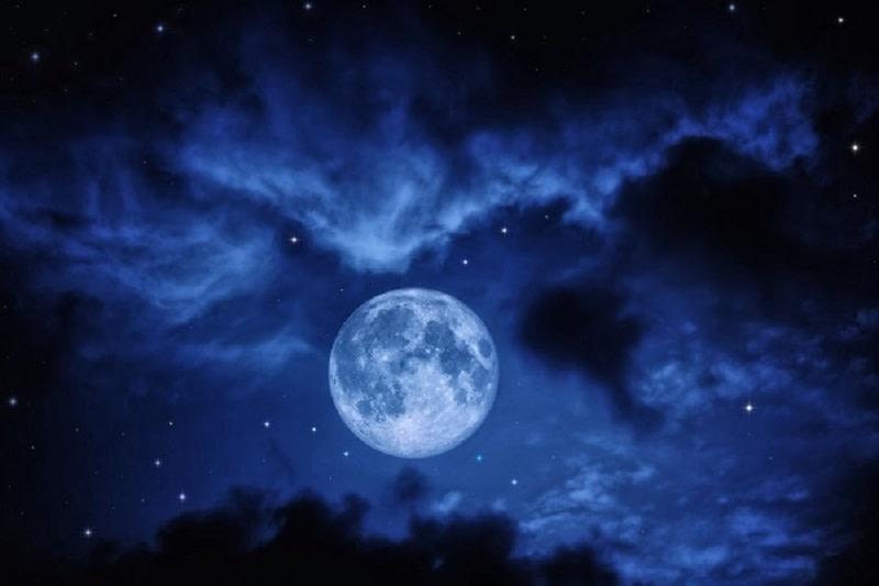 Πανσέληνος φεγγάρι
