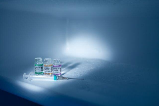 Χάκερς χτύπησαν την «ψυχρή αλυσίδα» μεταφοράς εμβολίων COVID-19!