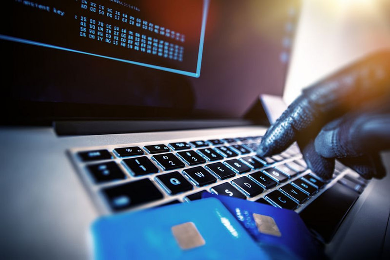 Online αγορές: Ένα στα πέντε είδη προς πώληση εμφανίζει σημάδια απάτης!