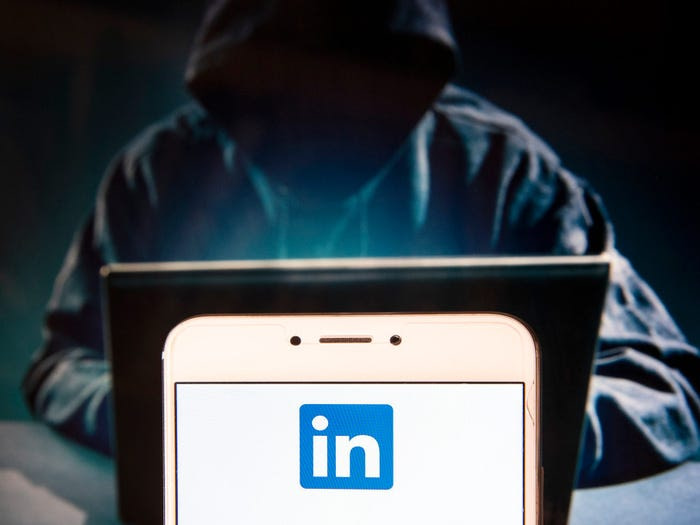 LinkedIn: Data 500 εκατομμυρίων χρηστών πωλούνται σε hacking φόρουμ