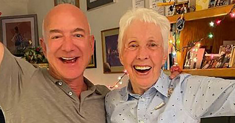 Jeff Bezos, Wally Funk